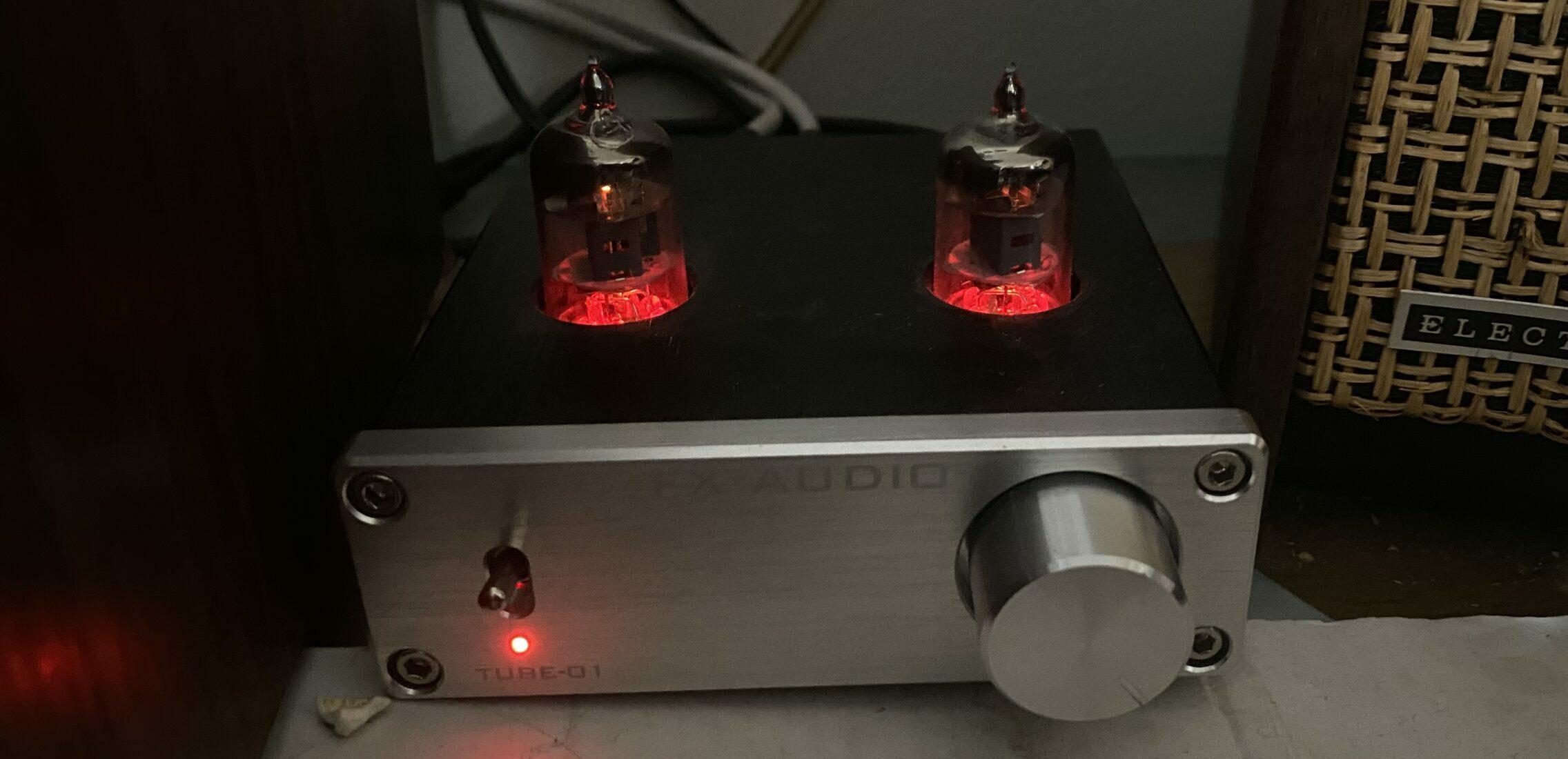The FX Audio Tube-01 itself.